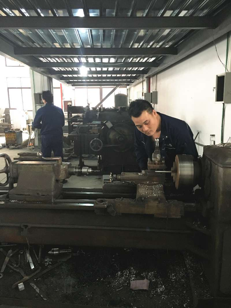 WFB-600 non-woven bag making machine