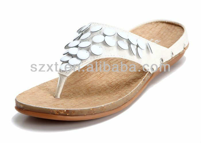 Hot sale comfortable white beads natural cork sole women flat sandals