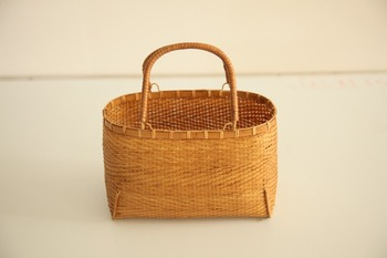 China women shopping jute tote shoulder bag