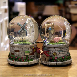 3d resin base funny custom made snow globe glass snow ball