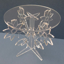 Unique Flower Shaped Crystal Clear Acrylic Cake Stand for Wedding Birthday Party Use Perspex Cupcake Display Holder