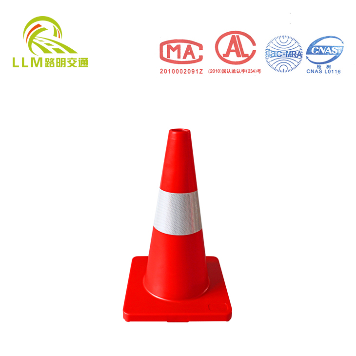 factory hot sales 450 mm colored pvc traffic cone