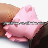 Pink Pig Shape silicone oven mitt