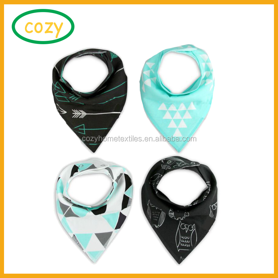 2017 Low moq Wholesale Private Label Snap cotton cute baby bandana drool bibs