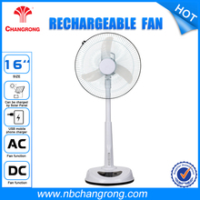 With 3 pcs?super?bright?led Hot Sale Portable Rechargeable Fan With Led Light
