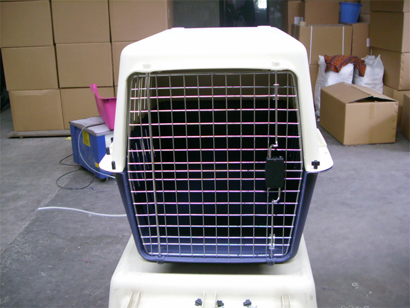 Plastic pet airline cage dog transport cage box