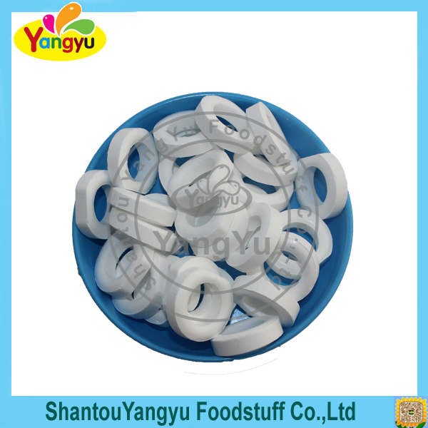 Confectionery products sweet low-sugar white fruit rolling candy