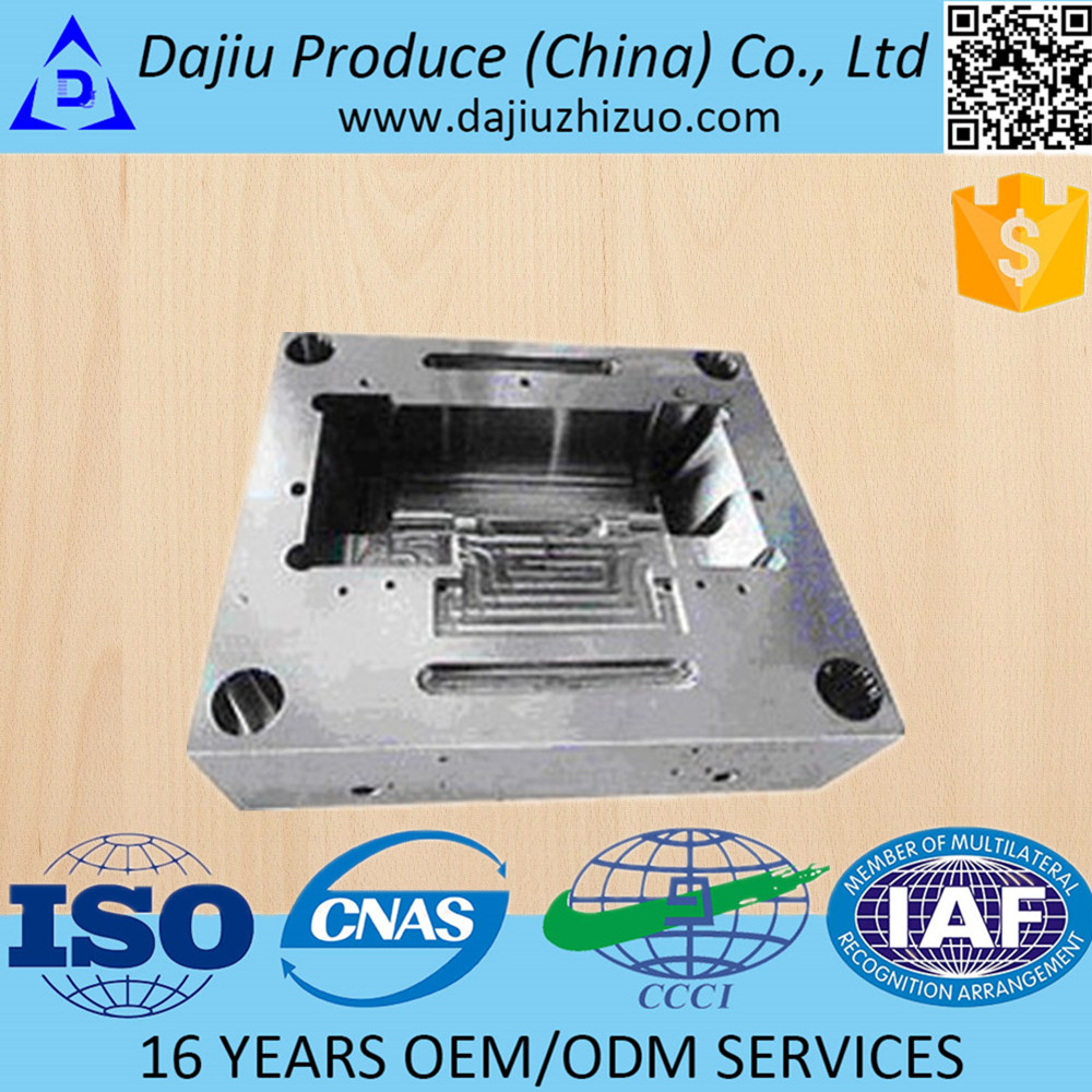 Low cost silicone injection molding silicone components