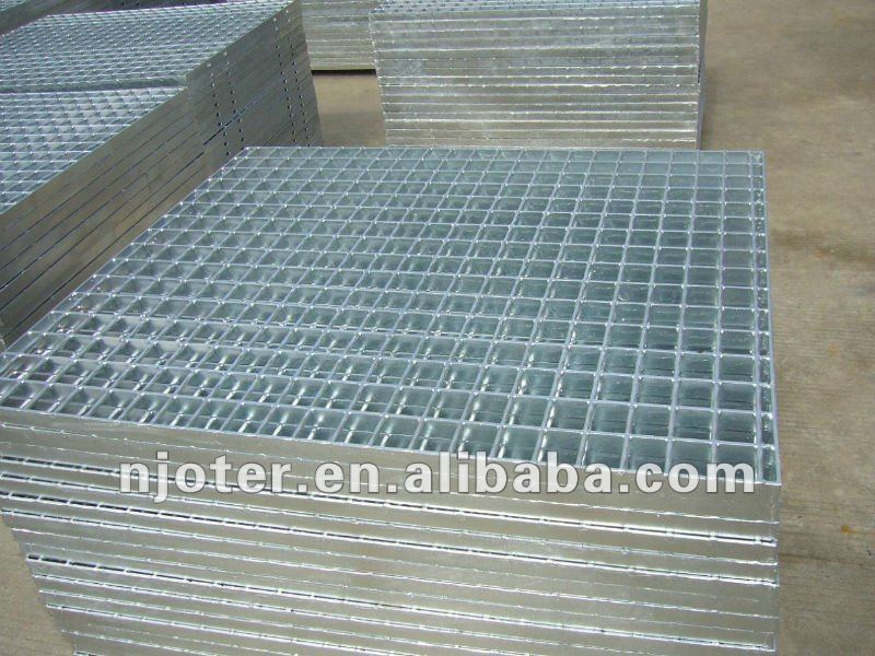 Most competitive price hot dip galvanized flooring steel grating