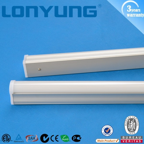 good quality reasonable price multi power and size options fashion design shadowless t5 intergrated led light industry approved