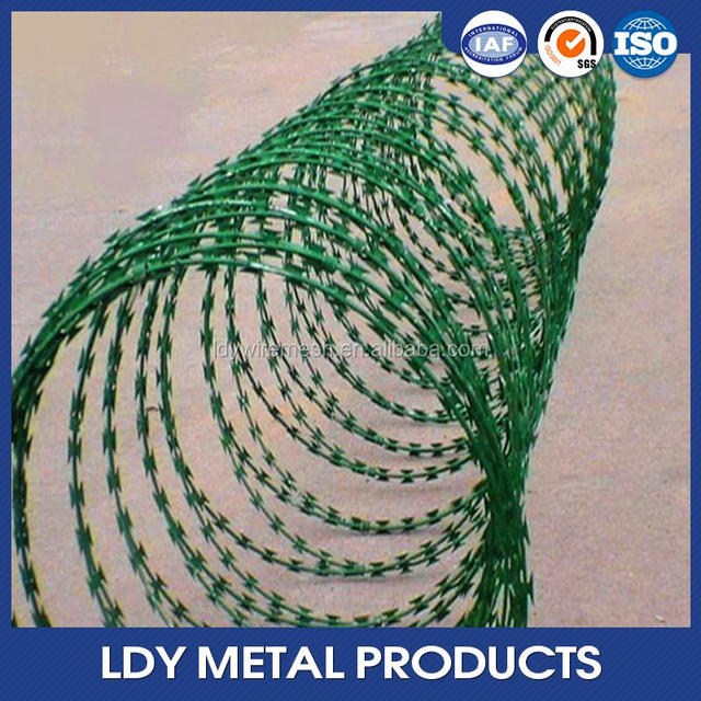 2016 New clamping sports field application concertina razor wire