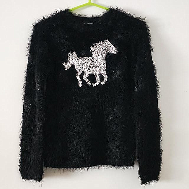 Stock Cute Pullover Sweaters with Sequins Embroidery For Teenage Girls