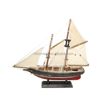 RUSTIC Sailing Boat Wooden Sail Boat Model Souvenir Clipper Model Nautical Gifts Decoration
