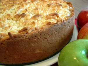 sugar free apple cake with stevia sweetener