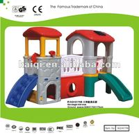 Small house tower with slide and tunnel, the magic kid club, Plastic Toys Series