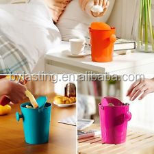 Mini colorful kitchen trash Small plastics kitchen /car/table trash garbage with lids
