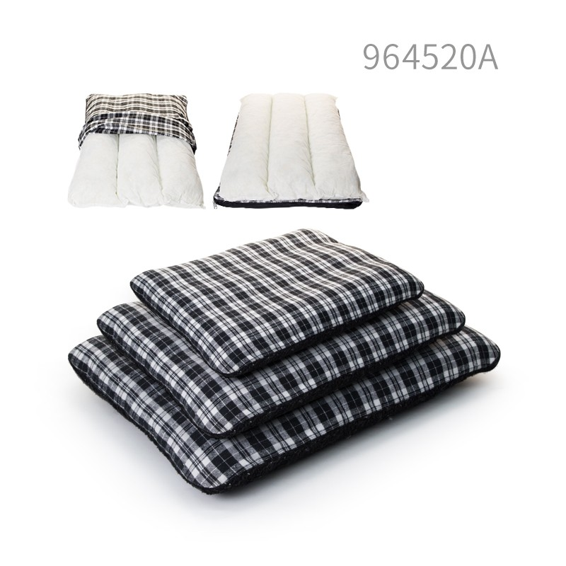 High quality Large luxury dog sofa bed and pet accessories dog mat for sale