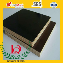block board with hardwood film faced plywood