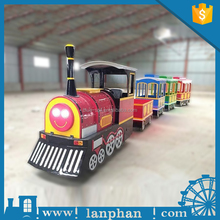Amusement Outdoor and Indoor Battery Trackless Train Ride, Road Train for Sale
