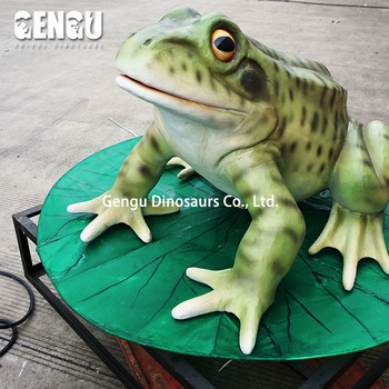 Natural & robotic rubber frogs