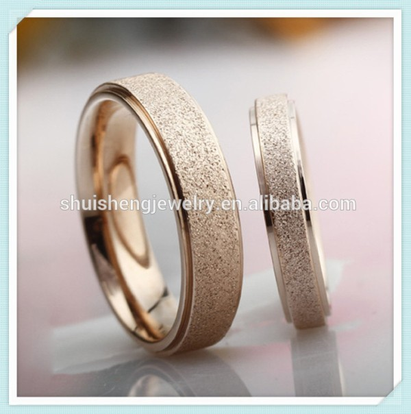 SSR-051 Trendy style fashion latest 18 carat yellow gold wedding rings for couple