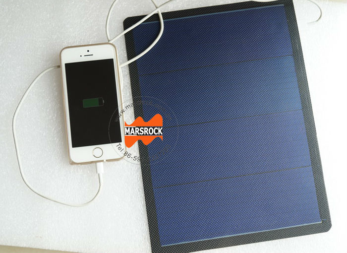 3W 6V Small Flexible Black Solar Panel with USB Interface Applied in Charging iPhone, Samsung Mobile