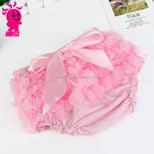 Hot sell pink infant ruffle underwear bloomers with bowknot for baby girls