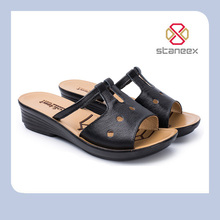 Hot Selling Light Weight High Quality PU Outsole Genuine Leather Sandal Shoe For Women
