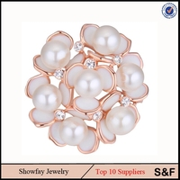 Made With Freshwater Pearl Wholesale Cheap Jewelry Fashion Brooch