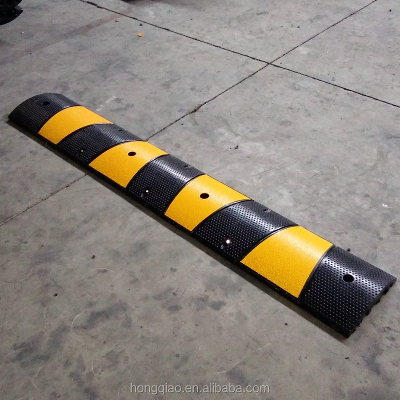 Trade Assurance 1830X300X58mm 6 foot Reflective Rubber Speed Bumps