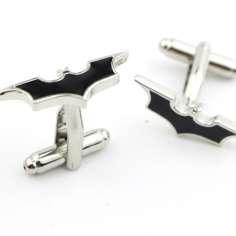Movie Jewelry 2014 Hot Selling Top Brand Cufflink Manufacturer Black Enamel Batman Cufflinks For Party