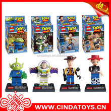 Nueva Toy Story 4 Sheriff Woody <span class=keywords><strong>Buzz</strong></span> <span class=keywords><strong>Lightyear</strong></span> figura juguetes bloques de plástico para niños