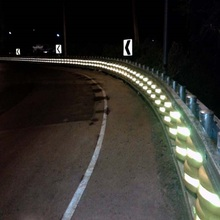 Wholesales traffic expressway guard rails EVA safety standard roller barriers with reflector
