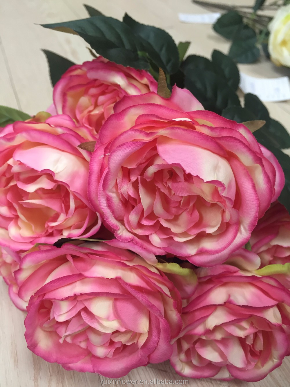 Artificial Rose bouquet Natural Touch Artificial Silk Flower For Weddings Decoration