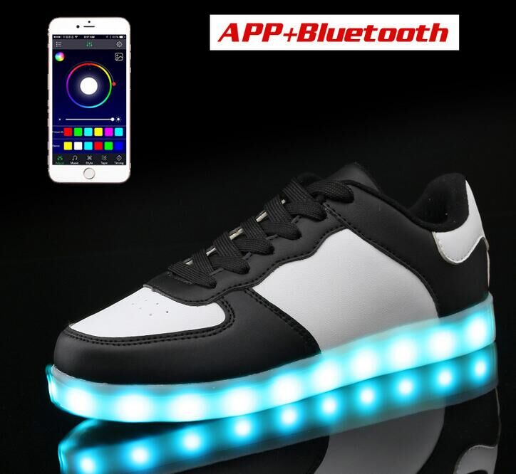 LED Casual Shoes APP Bluetooth Controlled LED Light Men Women Adults Shoes LED Skate board Shoes