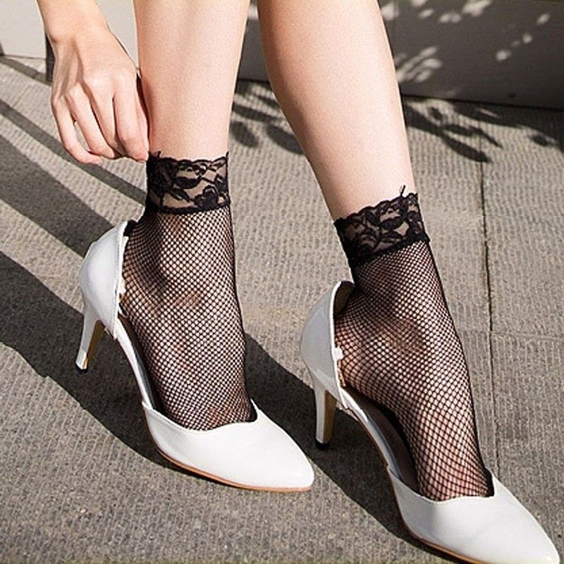 1 pair High quality Women Girls Ladies Soft Sexy Lace Floral Short Ankle Fishnet Socks Hot chaussettes femme fantaisie