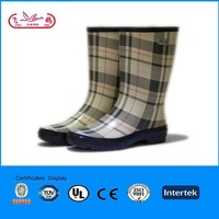 classical design printed rubber sole half wellington boots
