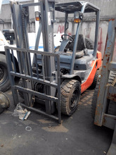 Toyota 8FD30 3T used forklifts diesel engine 3m lifting height side shift forklifts