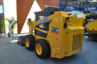 47KW 0.3CBM Bucket Import Hydraulic Parts Hot Small Skid Steer Loader For Sale