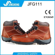 fashionable high quality oil field cow leather rubber safety boots
