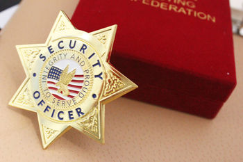 Top Sale Star Shape Security Badge with Red Velvet Box