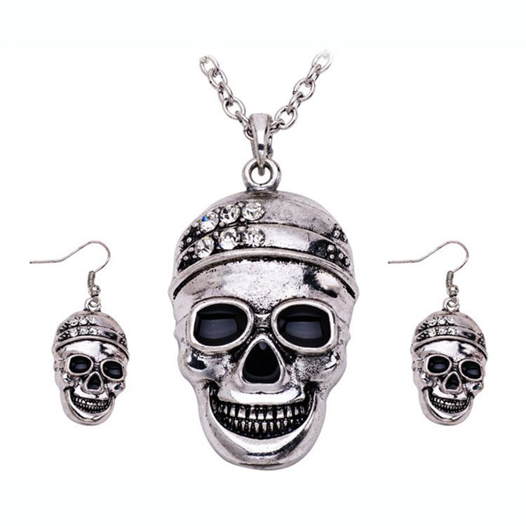 New Fashion Halloween Statement Accessories set Crystal Skull Necklace Pendant Earrings Jewelry Sets For Party Gifts