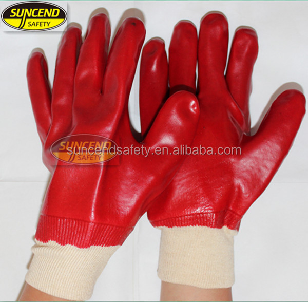 Red color/ 100% cotton inerlock lined/ oil and chemical resistant PVC Glove