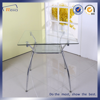 Picture of dining table design