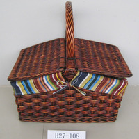 Wholesale eco-friendly willow picnic basket with lid