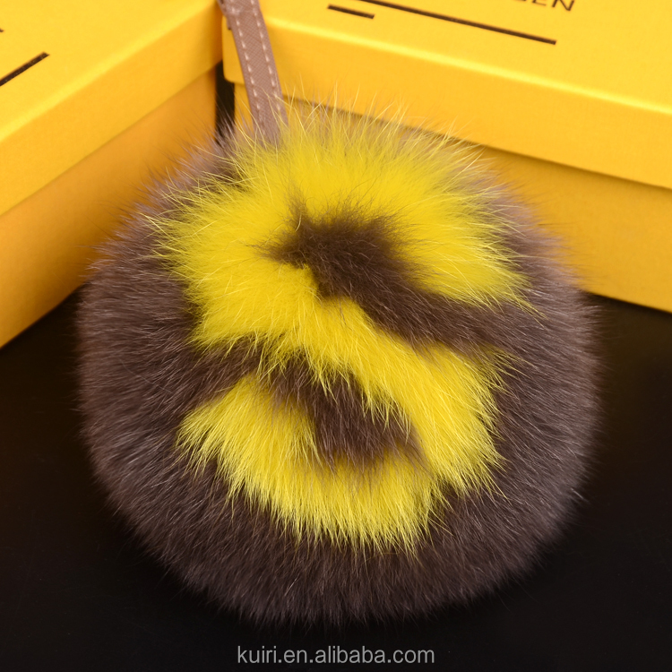 2016 Fashion Handmade Initial Pom-Pom Keychains/15cm Charm Pluffy Ball Keychains of Real Fox Fur for Bag/With Capital Letter A-Z