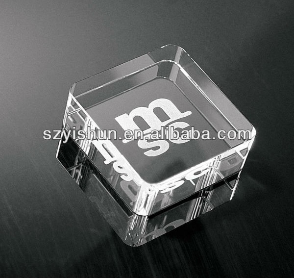Customized clear acrylic paperweight stand