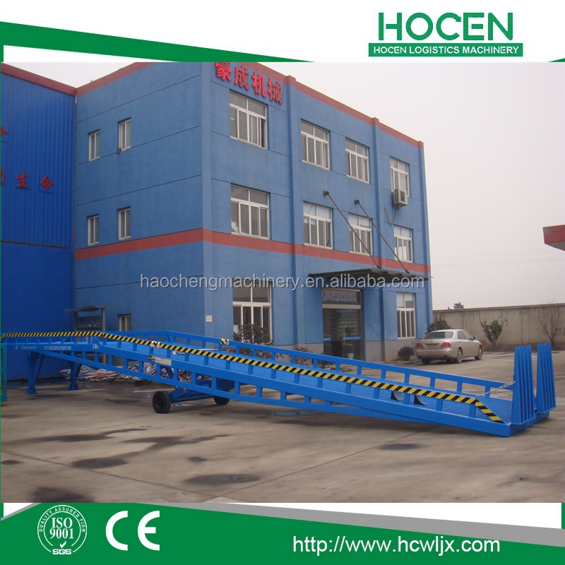 Warehouse Truck Working Platform Manual Lift Equipment 10T Portable Mobile Container Forklift Loading Ramp