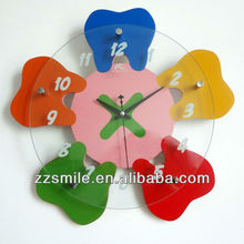 Promotion Sales Tooth Shaped Wall Clock for Dental Clinic