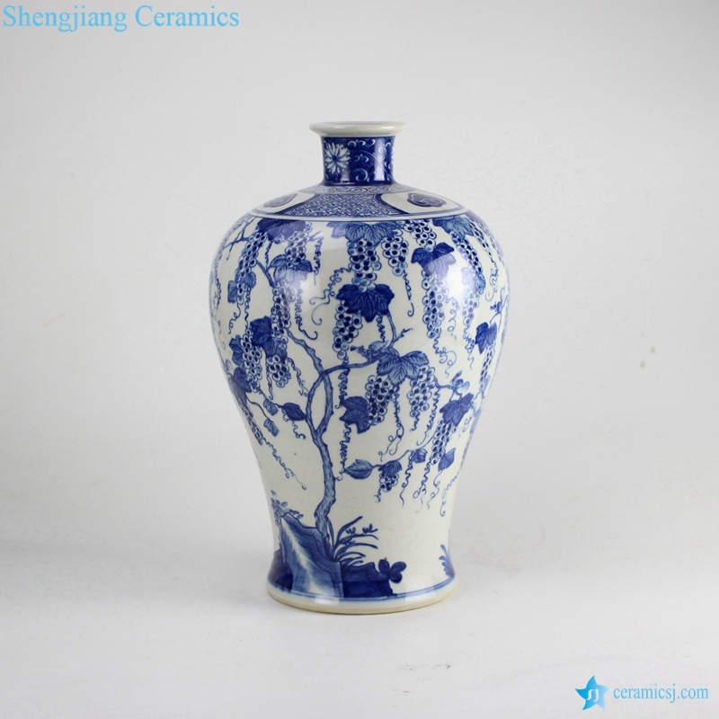 RZDA18 Blue and white hand paint grape vine pattern reproduction Meiping ceramic vase